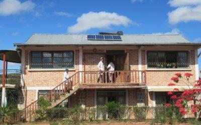 Juin 2019 : Installation de panneaux solaires :